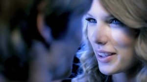 Taylor-Swift-You-Belong-With-Me-Music-Video-taylor-swift-21519683-1248-704