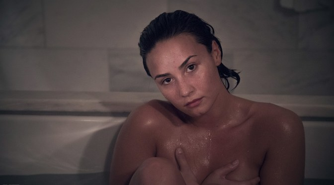 """PHOTOGRAPHY: CHECK HER OUT: DEMI LOVATO – """"NO MAKEUP, NO CLOTHES, NO RETOUCHING"""" FOR VANITY FAIR"""