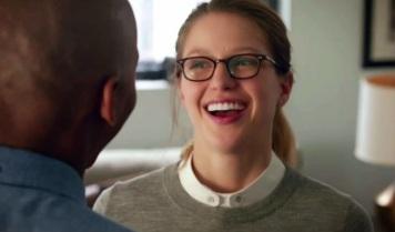 supergirl tv series the awkward