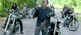 the-saviors-the-walking-dead-600x264
