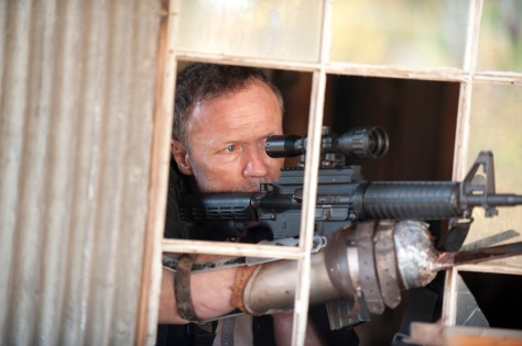 the-walking-dead-michael-rooker-season-3-episode-15-this-sorrowful-life.jpg